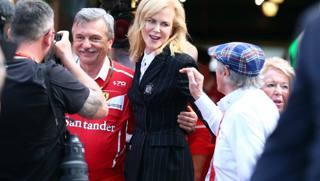 Nicole Kidman al box Ferrari e altre foto del giorno