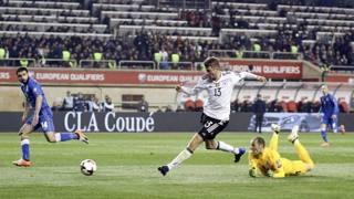 Thomas Müller segna il raddoppio tedesco. Ap