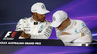 Lewis Hamilton e Valtteri Bottas. LaPresse