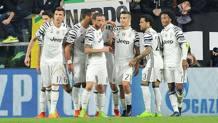 I giocatori della Juve esultano per la vittoria contro il Porto.