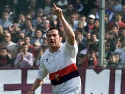 Marco Carparelli, 40 anni, ex attaccante del Genoa. Liverani