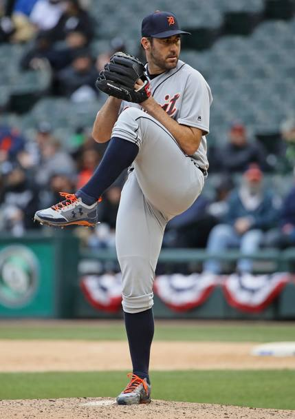 Detroit Tigers-Chicago White Sox. Justin Verlander dei Detroit Tigers si prepara al lancio. Chicago, Illinois. (Afp)