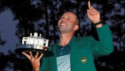 Sergio Garcia, 37 anni, dedica la vittoria al suo idolo Seve Ballesteros. Reuters
