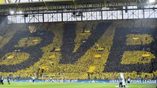 """Il """"muro giallo"""" a Dortmund, dopo la grande paura"""