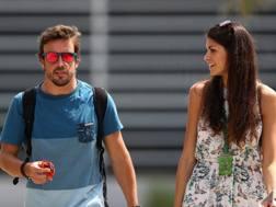 Fernando Alonso con la fidanzata Linda Morselli. Getty