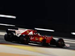 La Ferrari di Vettel in azione in Bahrain. Getty