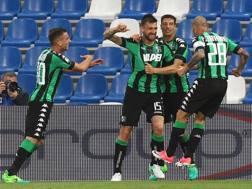 L'esultanza del Sassuolo al gol di Acerbi. Lapresse