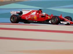 Sebastian Vettel, 29 anni, nei test di Sakhir - REUTERS
