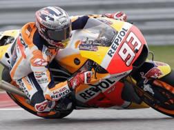 Marc Marquez in azione sulla sua Honda. Ap