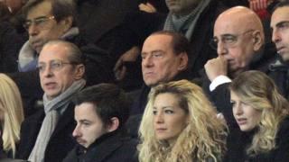 Paolo Berlusconi allo stadio col fratello Silvio, e Adriano Galliani. Ansa