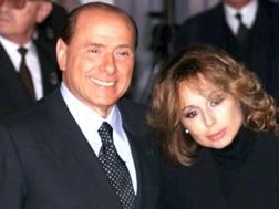 Da sinistra, Silvio Berlusconi, 80 anni, ex presidente del Milan, e la figlia Marina, 50, presidente di Fininvest. Ansa