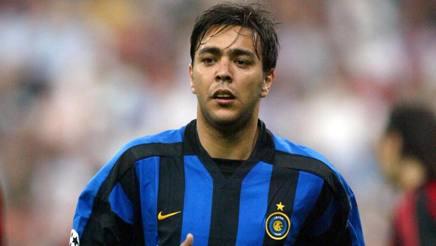 Alvaro Recoba ai tempi dell'Inter. Omega