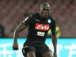 Kalidou Koulibaly in azione. Afp