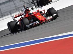 Sebastian Vettel in azione a Sochi. AFP
