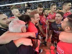 L'abbraccio di Perugia dopo la vittoria in semifinale