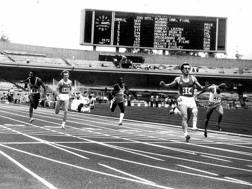 """Pietro Mennea vince le Universiadi a Città del Messico il 12 settembre 1979 col record del mondo sui 200 in 19""""72 ANSA"""