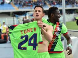 L'esultanza di Tonev dopo il gol-vittoria. Getty Images