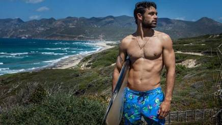 Il surfer Francisco Porcella.