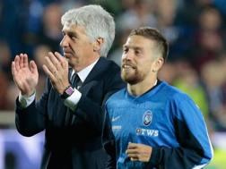 Da sinistra, Gian Piero Gasperini, 59 anni, tecnico dell'Atalanta, e Alejandro Darío Gómez, 29. Getty Images