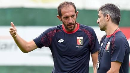 Cristian Stellini, 43 anni, ex collaboratore di Antonio Conte, allena il Genoa Primavera dal 2015. LaPresse
