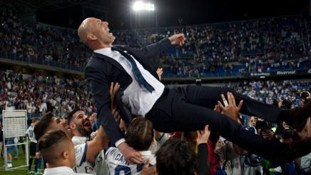 Zidane festeggiato a Malaga. Afp