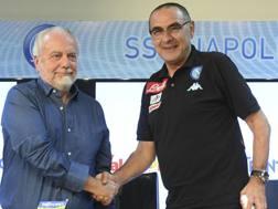 Aurelio De Laurentiis, 67 anni, e Maurizio Sarri, 58 anni. Ansa