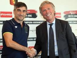 Da sinistra, Ivan Juric, 41 anni, allenatore del Genoa, ed Enrico Preziosi, 69, presidente del club. Ansa