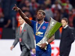 Paul Pogba tiene stretta la coppa. Afp