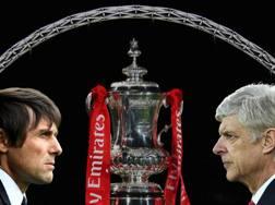 Conte e Wenger sotto l'arco di Wembley. Getty Images