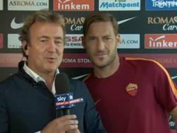 Francesco Totti, 40 anni, durante l'incursione in diretta su Sky. Ansa
