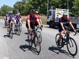 Davide Nicola in bici per il voto salvezza: pedalerà fino a Torino. Ansa