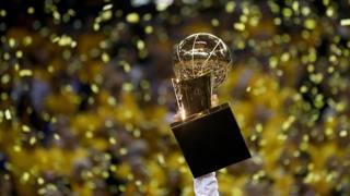 Nba, Golden State Warriors campioni: è qui la festa!