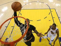 LeBron James,  32 anni, tripla doppia di media in queste Finals. Reuters