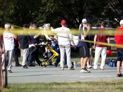 I soccorsi dopo l'attentato. Epa