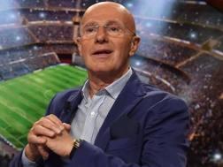 Arrigo Sacchi, 71 anni, ex allenatore del Milan. Bozzani