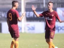 Barbarossa ringrazia Riccardi per l'assist del 2-0 nella semifinale scudetto con il Cesena. Getty Images