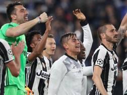 Buffon, Dybala e Bonucci, i tre bianconeri in Top 11. Afp