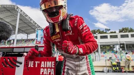 Trionfo con dedica speciale per Leclerc a Baku