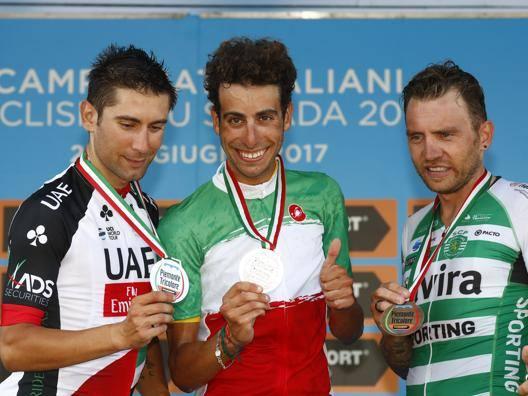 Fabio Aru, 26 anni, sul podio con Ulissi (secondo) e Nocentini (terzo). Bettini