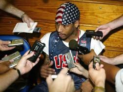 Una vecchia foto di Allan Iverson coi Philadelphia 76ers, datata 2013. Reuters