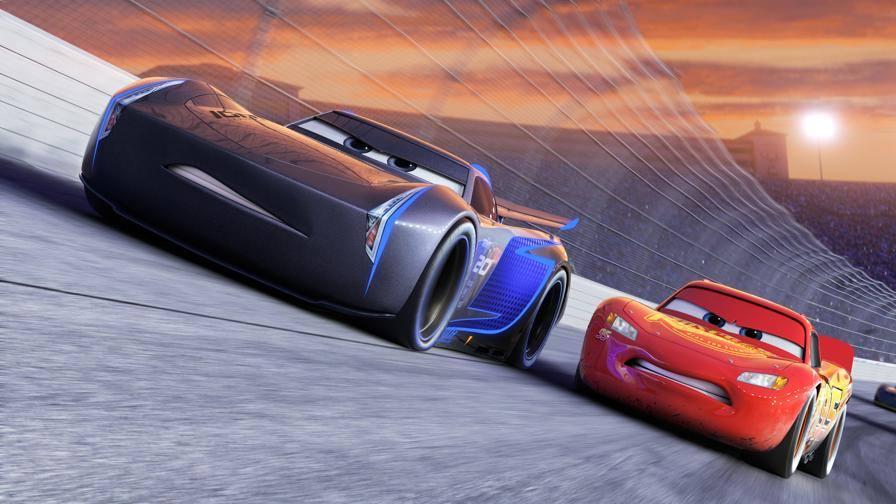 'Motori Ruggenti' all'esordio In attesa di Cars 3