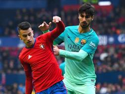 Alex Berenguer contro Andre Gomes. Getty Images