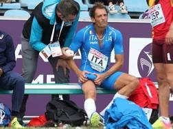 Fabrizio Donato dolorante a Lilla dopo l'infortunio. Colombo