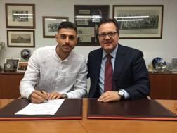 Giuseppe Pezzella, clase '97, firma il contratto. Udinese.it
