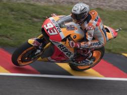 Marc Marquez in azione al Sachsenring. Getty