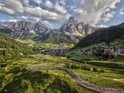 Scorcio sulla Maratona delle Dolomiti
