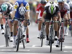 Marcel Kittel, vince al fotofinish la 7a tappa del Tour 2017 (Reuters)