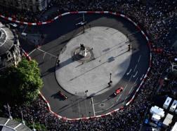 Bagno di folla a Londra per la F1. Getty