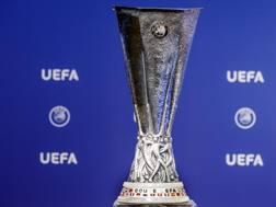 Il trofeo dell'Europa League. Ap