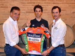 Valentino Sciotti, ceo di Vini Fantini, con Marco Canola e il general manager Francesco Pelosi